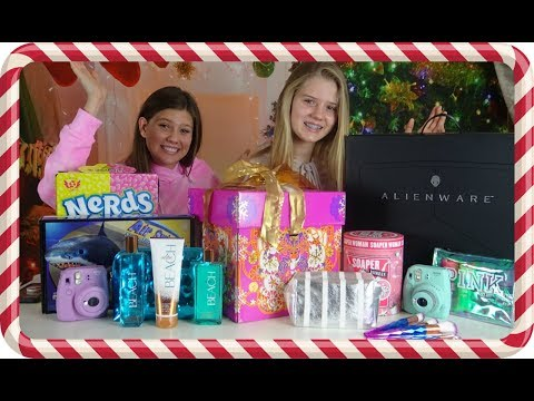 connectYoutube - WHAT I GOT FOR CHRISTMAS    CHRISTMAS HAUL 2017    Taylor and Vanessa