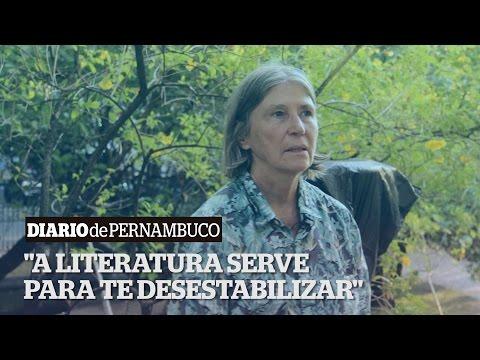 Elvira Vigna na Semana do Livro de Pernambuco