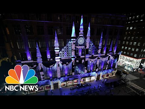 Watch: Saks Fifth Avenue Unveils Annual Holiday Light Show   NBC News NOW