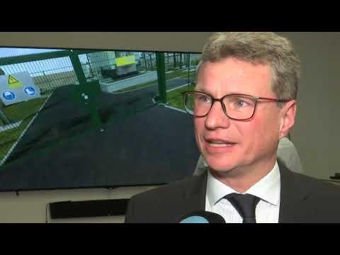 """TV Aktuell: Wissenschaftsminister Bernd Sibler zu """"Forschungsdialog"""" beim Bayernwerk"""