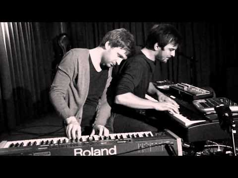 Ólafur Arnalds & Nils Frahm live improvisation at Roter Salon - Volksbühne Berlin