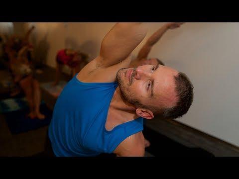 Hot Yoga Flow | Finland
