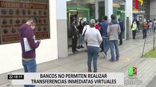Primer día sin cuarentena: Clientes forman largas colas en bancos