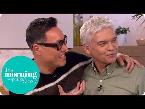 Gok Wan's Spring Prawns With Cashew Nuts | This Morning