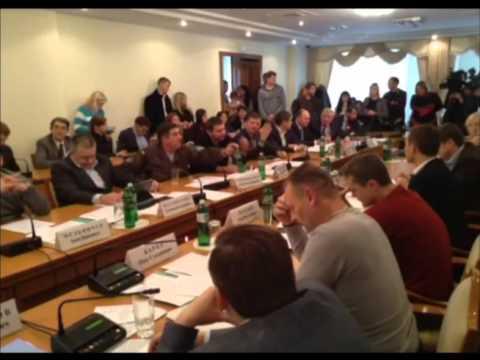 На заседании антикоррупционного комитета произошла драка (Видео)