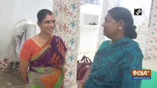 65-year-old grandma goes door-to-door to warn people of COVID-19 in Rameswaram - INDIATV