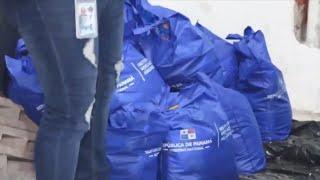 Ubican varias bolsas de comida de Panamá Solidario en una residencia en San Francisco