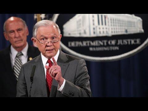 Judge blocks Trump's 'sanctuary city' punishment