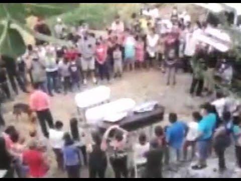 Sepultan a madre e hijos asesinados en Zacapa