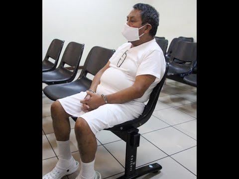 Emiten orden de captura contra sacerdote en El Salvador