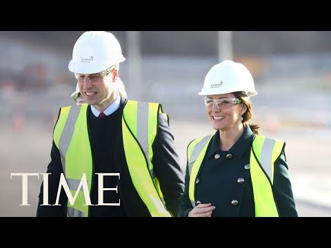 connectYoutube - Princess Kate Middleton And Prince William Survey Construction Wearing Hard Hats | TIME