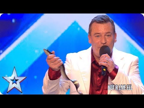 There's something fishy about Simon Carvell's routine... | Auditions | BGMT 2018