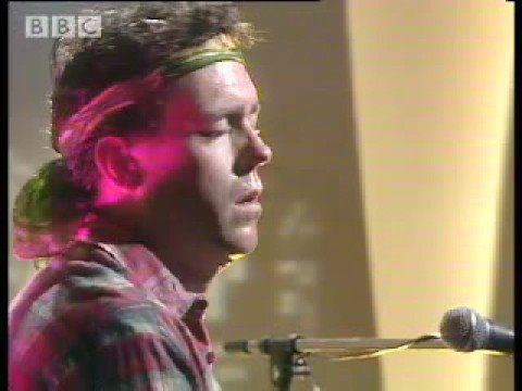 Video: Hugh Laurie (Dr.House) - Song for America ;D ziurus
