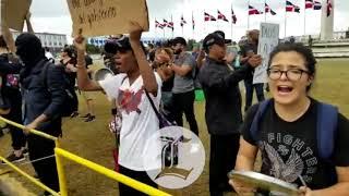 Empiezan a reunirse manifestantes frente a la JCE