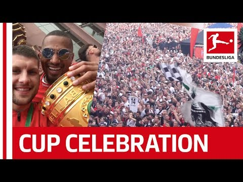 Eintracht Frankfurt's Party-Marathon After DFB Cup Win!