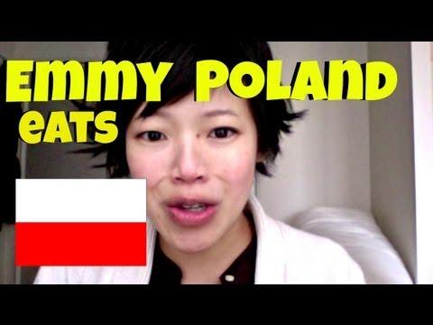 Japonka kosztuje polskich słodyczy - doznała rozkoszy!