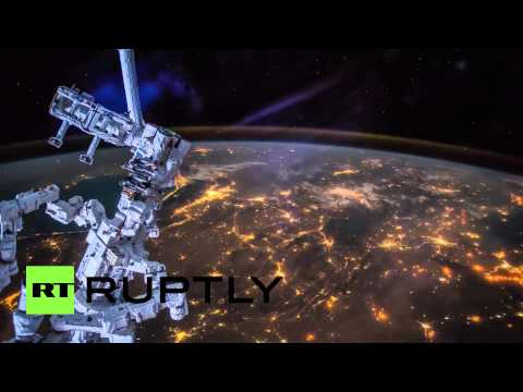 Repair bot Dextre steals the show in ISS time-lapse footage