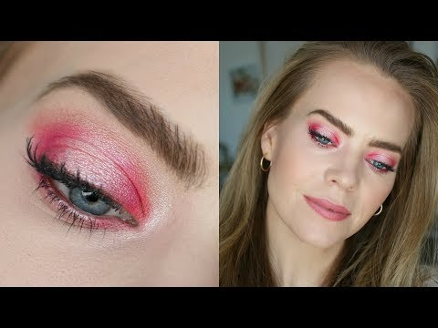 Pop of Pink Halo Hooded Eyes | Missy Sue