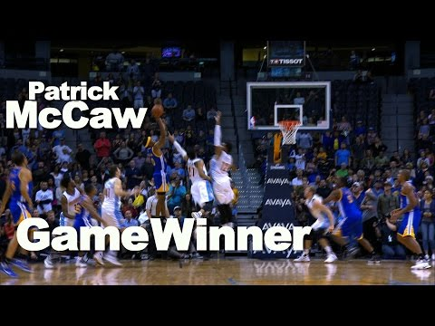 Rookie Patrick McCaw Hits the Floater for the OT Win!!!
