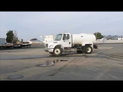 FREIGHTLINER WATER TRUCK DY03111