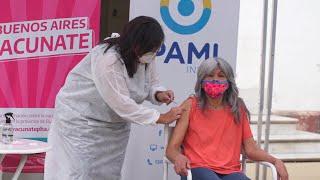 PAMI vacunó a más de 900 personas en una residencia del gobierno porteño ubicada en Ituzaingó