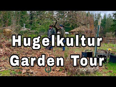 Hügelkultur Beds Garden Tour - Backyard Gardening