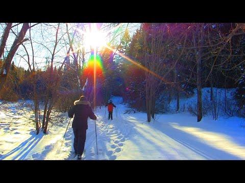 Léo et Mémé font du ski de Noël !