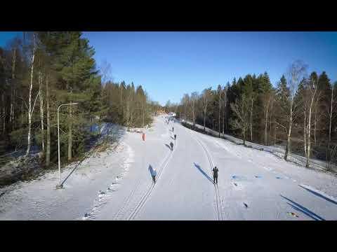Billingen Skövde - En solig vinterdag i nya konstsnöspåren