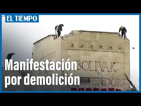 Ciudadanos convocan una manifestación contra la demolición del Monumento a los Héroes