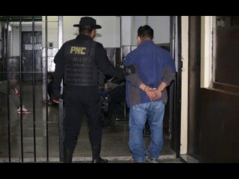 Conductores se enfrentaron a tiros en la zona 7 de Mixco
