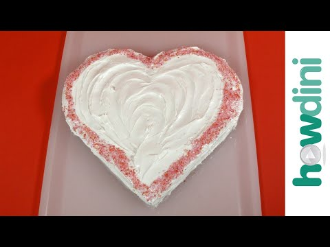 How to Make a Heart-Shaped Cake: Howdini Hacks