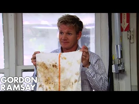 Ramsay Furious at Lazy Chef's Dirty Kitchen | Hotel Hell