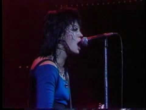 Joan Jett & The Blackhearts live