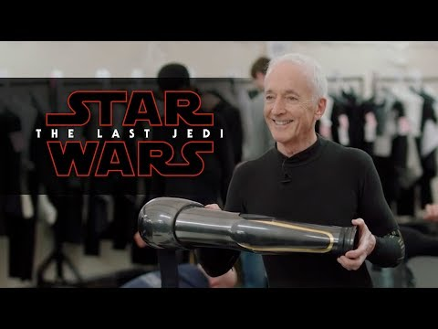 Star Wars: The Last Jedi | Droid School Featurette