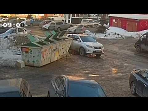 В Томске полицейские задержали подозреваемого в совершении серии краж из автотранспорта