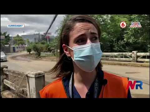 Cuadrillas municipales limpian puentes y vías en Curridabat