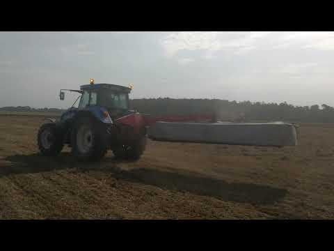 Трактор  New Holland TVT 145 2004 г