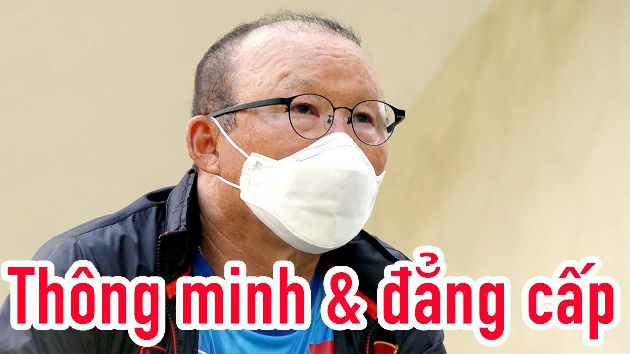 HLV Park Hang Seo quản lý 2 đội U22 Việt Nam như thế nào?