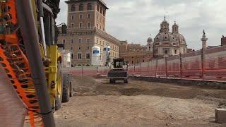 Roma da un repaso a sus famosos adoquines, para reducir los accidentes de tráfico