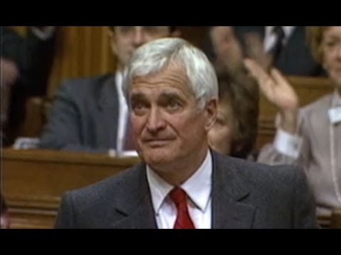 May 3, 1989: John Turner addresses MPs after announcing that he will step down as Liberal leader
