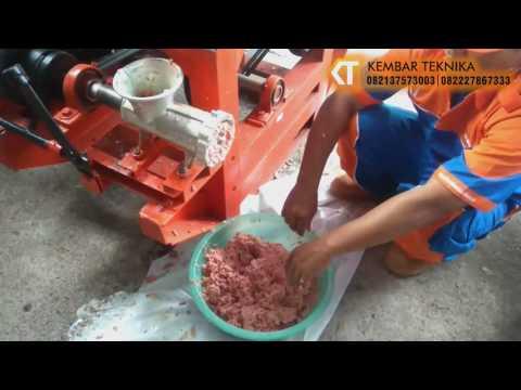 Cara Cepat Menggiling Daging Dan Mengolah Adonan Bakso