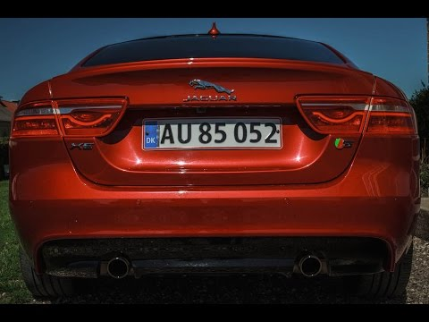 Jaguar XE S exhaust sound and revs