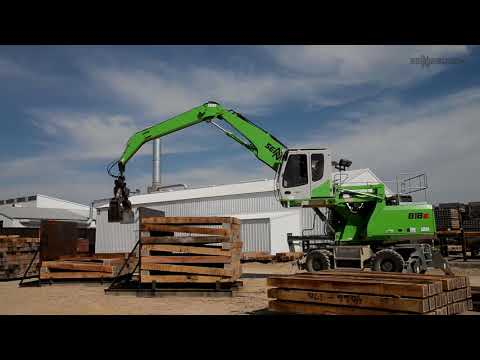 SENNEBOGEN 818 E - Timber Handler at Stella Jones, Bangor USA