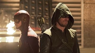Stephen Amell on the Arrow / The Flash Crossover