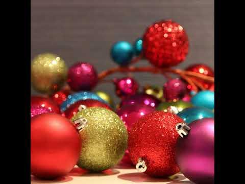 Happy Holidays, Thorobreds!