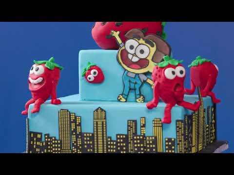 Big City Greens Strawberry Cake | Disney's Magic Bake-Off