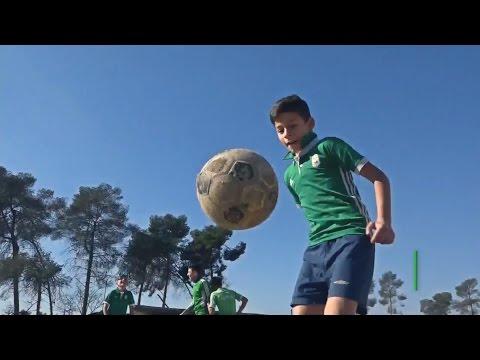 Быть как Месси: сирийские дети готовятся к чемпионату страны по футболу