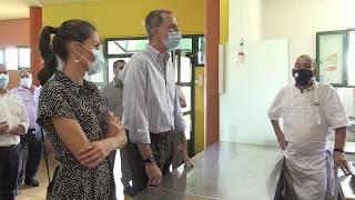 Sus Majestades los Reyes visitan ASPADEC, en Cuenca.