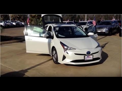 Loving Toyota | 2017 Toyota Prius Four | Lufkin, TX