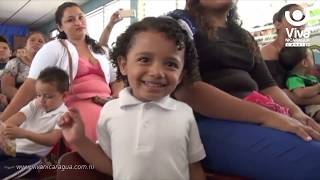 Cientos de niños con mucha felicidad reciben paquetes escolares en San Rafael del Sur